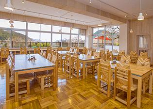 レストラン「食飲室」